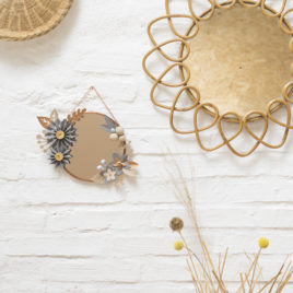 jeaninne x millimetree | miroir vitrail américain et origami couronne lilwenn , papier souris